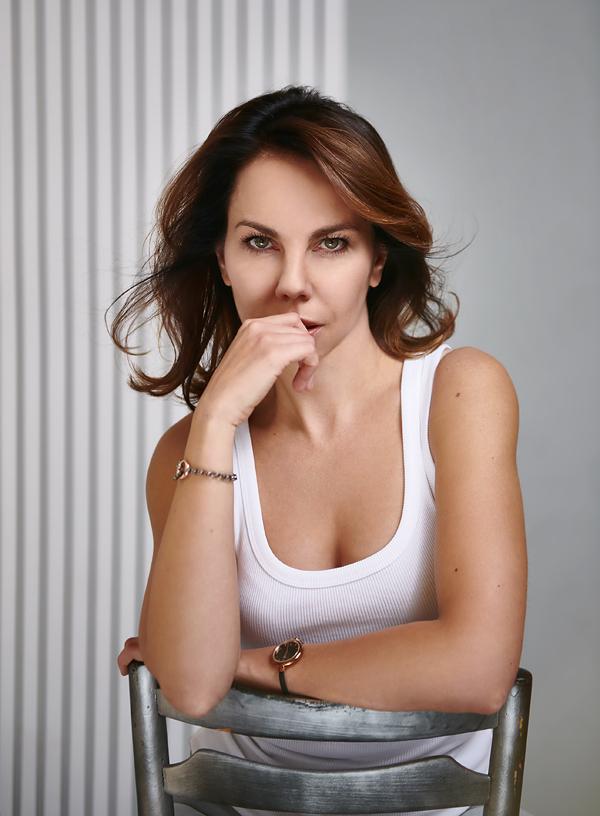 Zdjęcie do agencji modelek. Zdjęcie testowe brunetki.